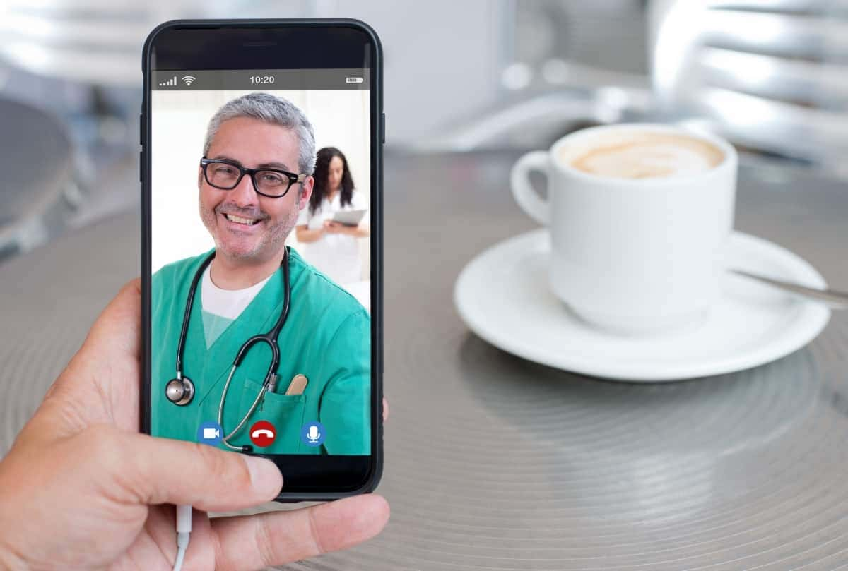 Telemedicine-Doctor-Appointment-Phone